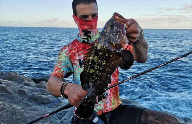 Rockfishing grouper by Medhi B. with the Ibuki Rod
